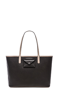 Marc by Marc Jacobs Metropolitote Tote 48 in Black Multi