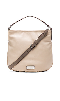 Marc by Marc Jacobs New Q Hillier Hobo in Light Sand Multi