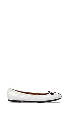 Marc by Marc Jacobs Mouse Patent Flat in White