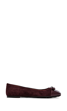 Marc by Marc Jacobs Tuxedo Logo Plaque Flats in Bordeaux