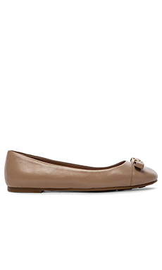 Marc by Marc Jacobs 10mm Ballerina Tuxedo Logo Plaque Flats in Nude