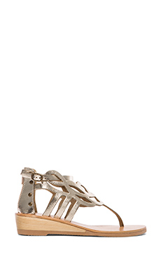 Matisse Reclaim Sandal in Gold
