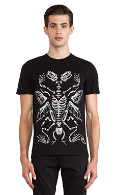 McQ Alexander McQueen Handdrawn SS Crew Tee in Darkest Black