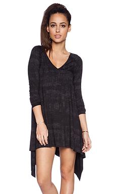 Michael Lauren Landon V Neck Dress in Black Pixel