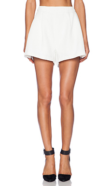 MLM Label Pleat Shorts in Ivory