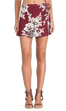 Motel Wrap Skirt in Blur Flower Aubergine