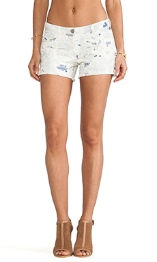 Maison Scotch Embroidered Short in White Wash