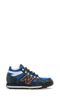New Balance H710 in Navy & Blue