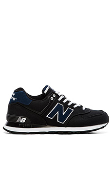 New Balance ML574 in Black