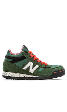 New Balance HRL710 in Green