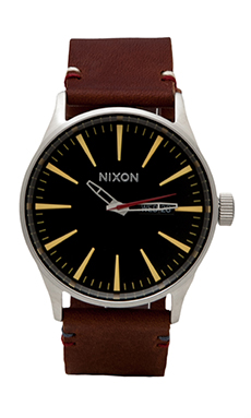 Nixon The Sentry Leather in Black & Brown