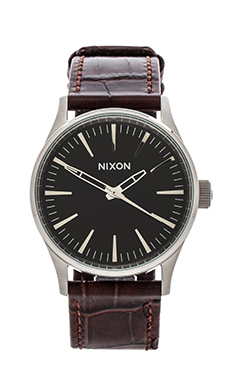 Nixon The Sentry 38 Leather in Brown Gator