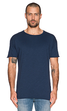 Nudie Jeans Raw Hem T-Shirt Org. Slub in Blue