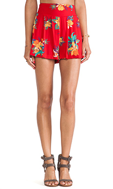Obey Rumors Short in Red