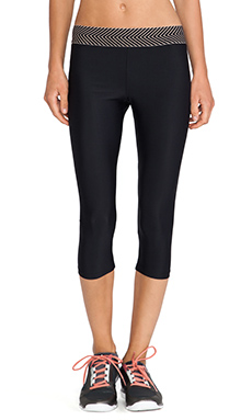 OLYMPIA Activewear Elis 3/4 Legging in Black