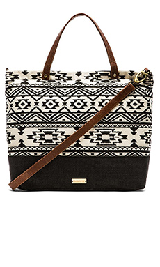 OndadeMar Tote Bag in Black & White