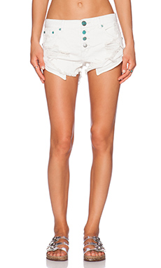 One Teaspoon Frost Bandits Jean Shorts in Frost
