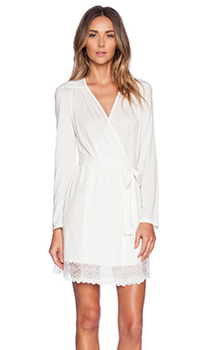 Only Hearts Venice Short Robe With Lace Hem in Antique White