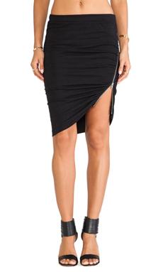 Pam & Gela Side Ruched Zip Skirt in Black