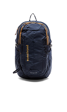 Patagonia Refugio Pack 28L in Navy Blue