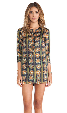 Pia Pauro Printed Tunic in Highland Embroidered Print