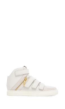 Pierre Balmain Sneaker in White