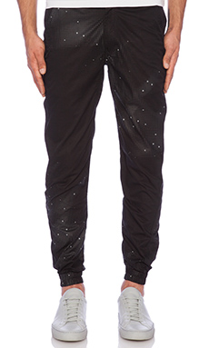 Publish Dax Jogger in Black
