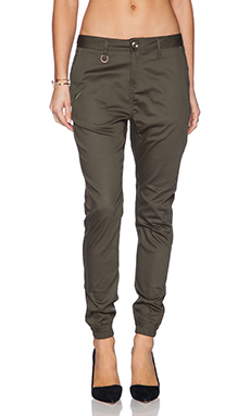 Publish Hanna Jogger in Olive