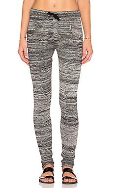 Plush Marled Sweater Legging in Black/Grey