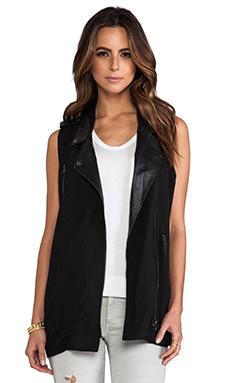 primary Moto Vest in Black