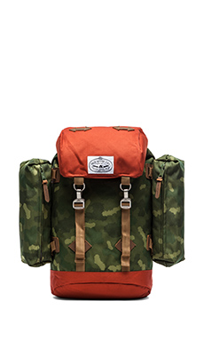 Poler Rucksack in Camo/Orange