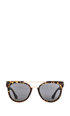 Quay Odin Sunglasses in Tort