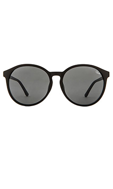 Quay Flyn Sunglasses in Black