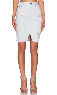 rag & bone/JEAN Denim Skirt in Shredded Norte
