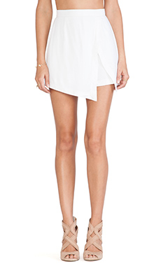 Ringuet Wrap Shorts in White