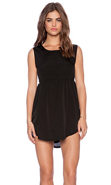 RVCA Avenue Dress in Black