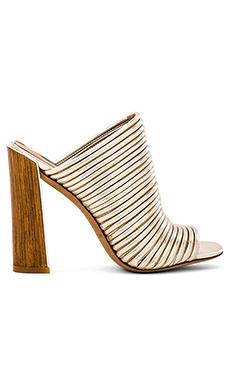 RACHEL ZOE Seneca Heel in Ivory