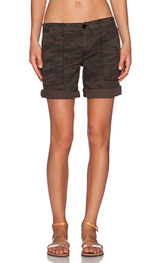 Sanctuary Peace Bermuda Short in Heritage Camo