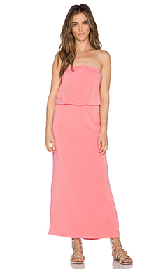 SUNDRY Strapless Maxi Dress in Coral Pigment