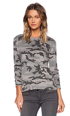SUNDRY Camo Sweatshirt in Mink