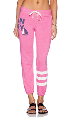 SUNDRY Classic Sweatpant in Carnation
