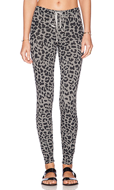 SUNDRY Leopard Yoga Pant in Heather Grey