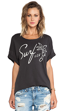 SUNDRY Surf USA Loose Tee in Old Black