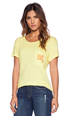 SUNDRY Pocket Loose Tee in Yellow