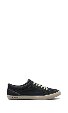 SeaVees Tennis Shoe in Navy
