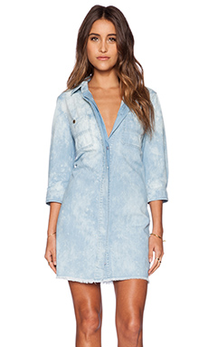 7 For All Mankind Boyfriend Dress in Bleached Light Blue