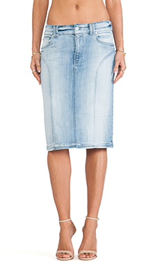 7 For All Mankind High Waist Fashion Seamed Pencil Skirt in Slim Illusion Faded Blue