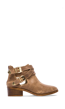 Seychelles Scoundrel Bootie in Taupe Distressed