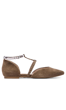 Seychelles Uncovered Flat in Clay Suede