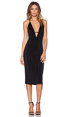 Shakuhachi Stretch Pleat Midi Dress in Black
